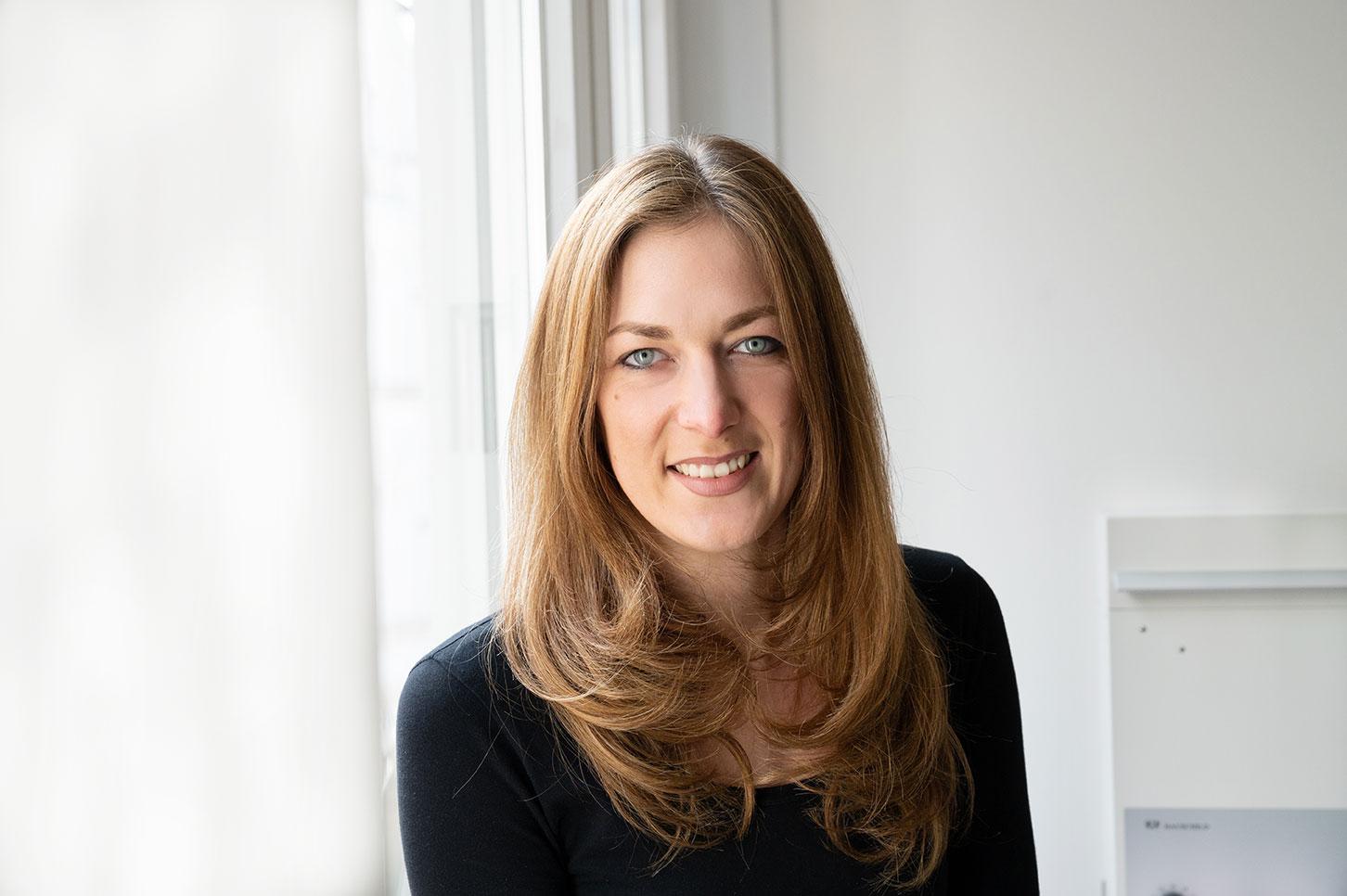 Lisa Möller : Zahnmedizinische Fachangestellte
