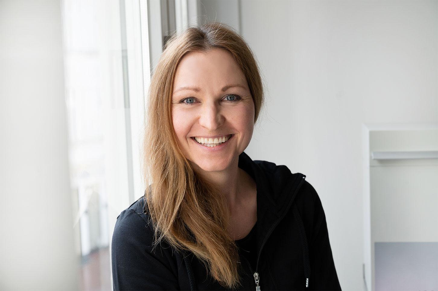 Biljana Brauner : Zahnarzthelferin