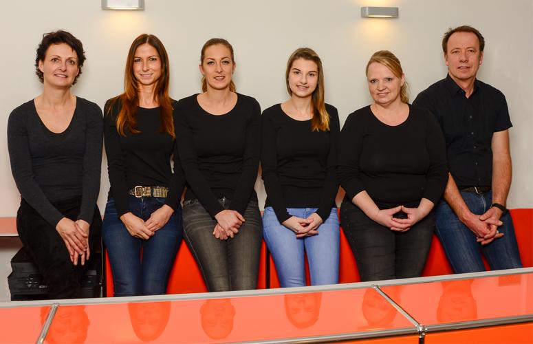 Das Team der Zahnarztpraxis Dr. Eike Oestreicher und Dr. Klaus Dohle :